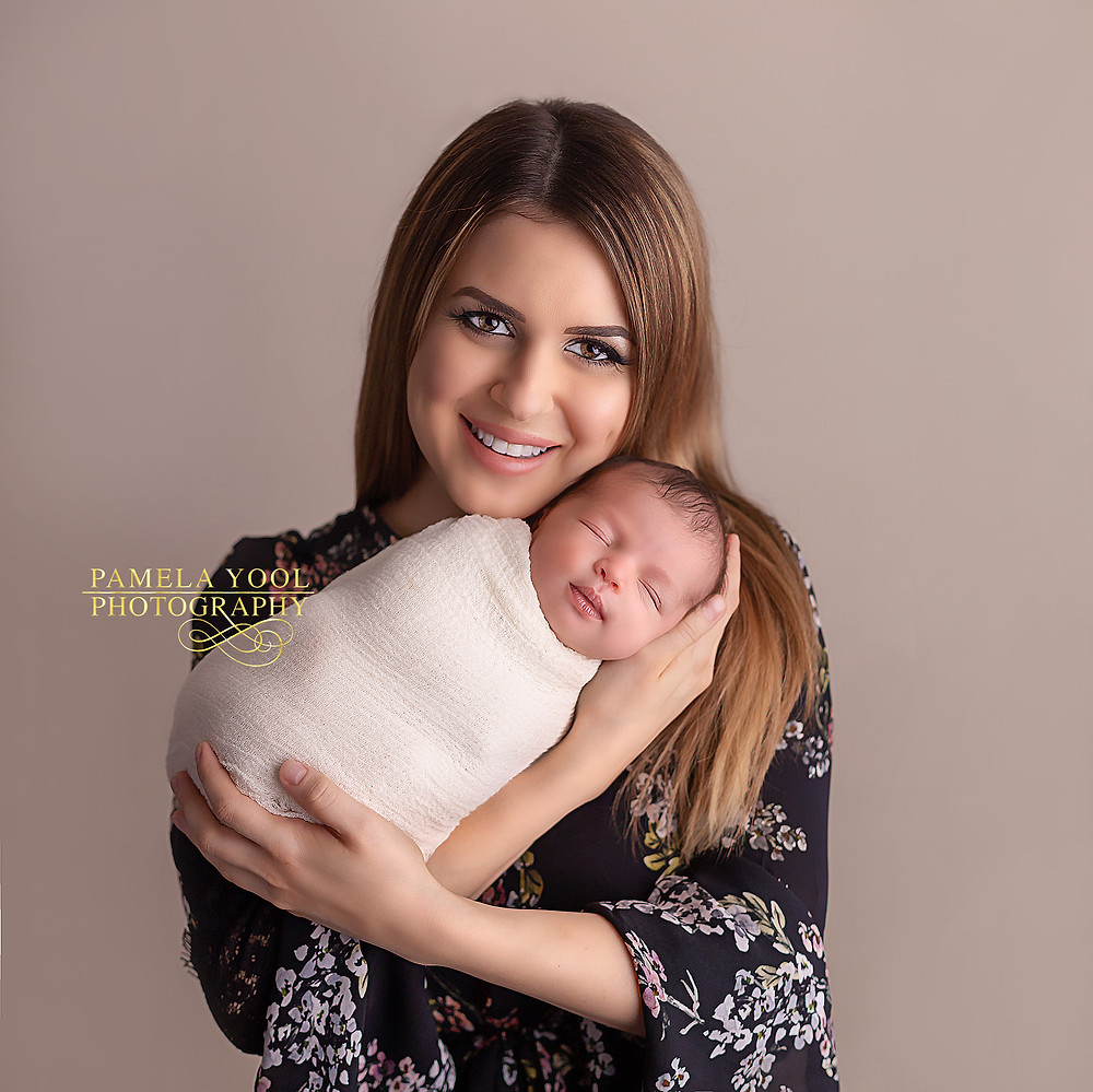 Best Newborn and Family Photographer Toronto