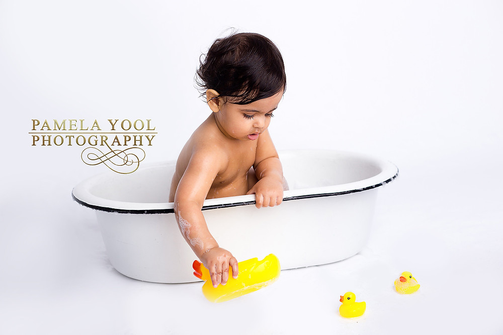 First Birthday Cake Smash and Splash Photography in studio