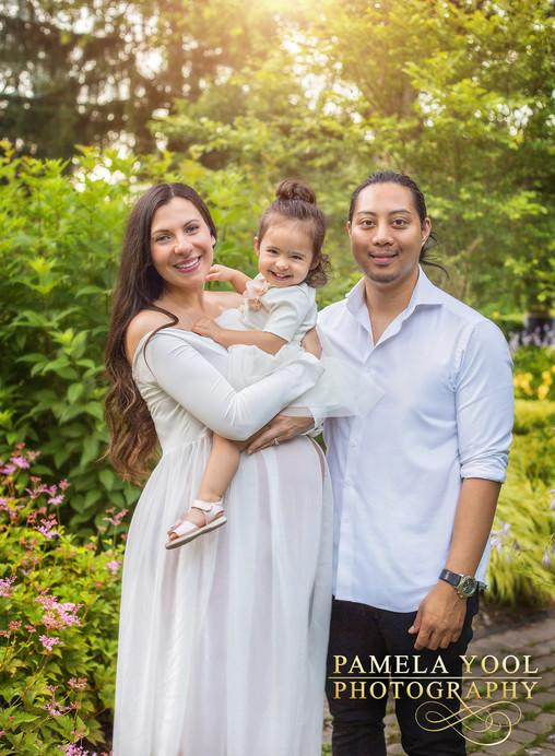 Maternity-and-Family-Photography-Toronto