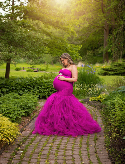 Outdoor Maternity Photographer Toronto