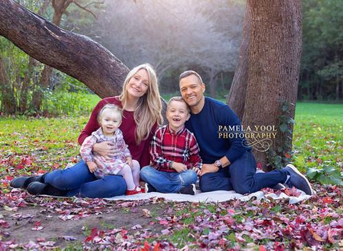 Fall-Family-Portrait-Photographer-Toronto