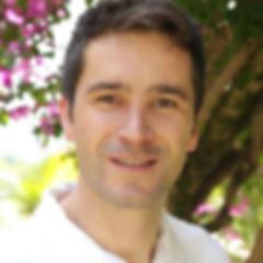 Tântrico Curitiba Tântrica Curitiba Dhyan Bahvti Terapeuta Curitiba Massagista Curitiba Curso de Tantra Curitiba