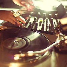 DJ ARTI DEAUVILLE ANIMATION