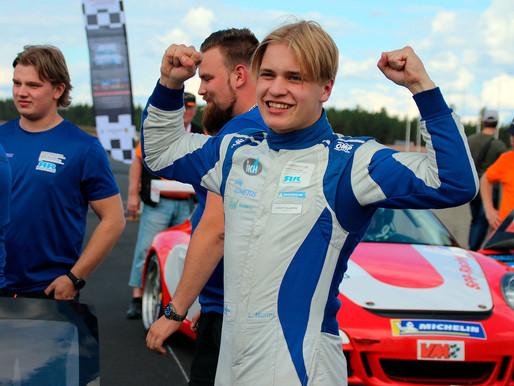 Vasta 16-vuotias Nurmi rata-autoilun voittoon