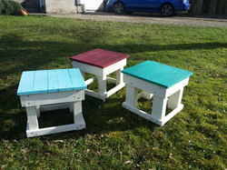 Painted pallet wood stools