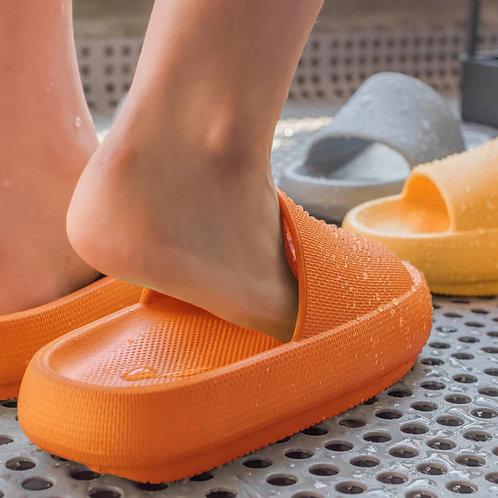 נעלי בית ספוג-מוגבעות ונוחות במיוחד