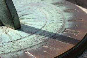 sundial1.jpg