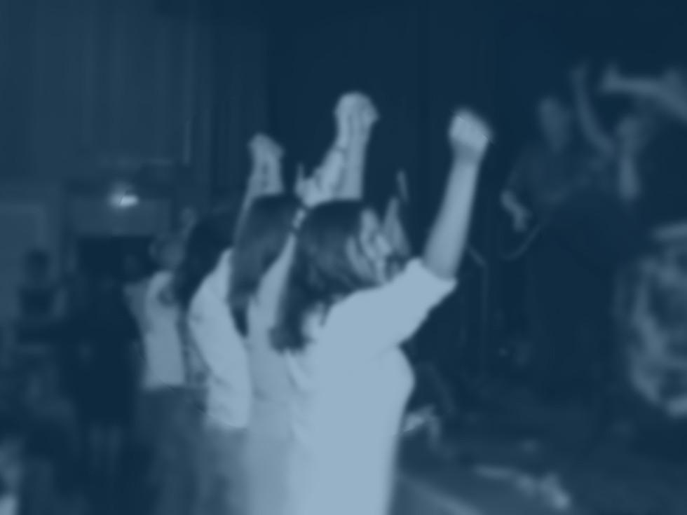 worship blur.jpg