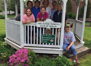 Planting & New Signs at Volunteer Park