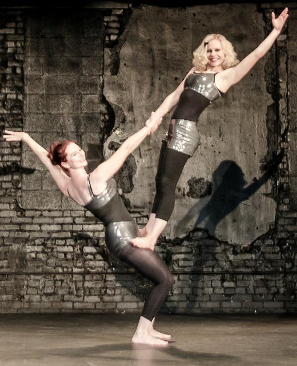 Partner Acrobats