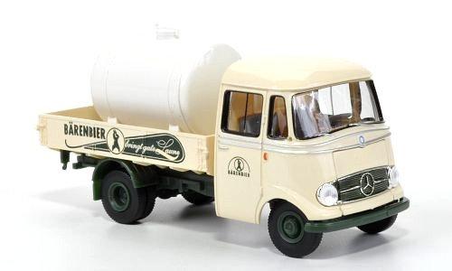 Brekina 13560,  Mercedes Benz L319, plataforma con tanque