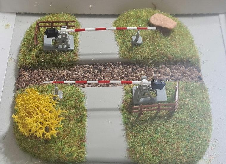 Busch 8023, Cruce ferroviario con barreras,decorado (N)