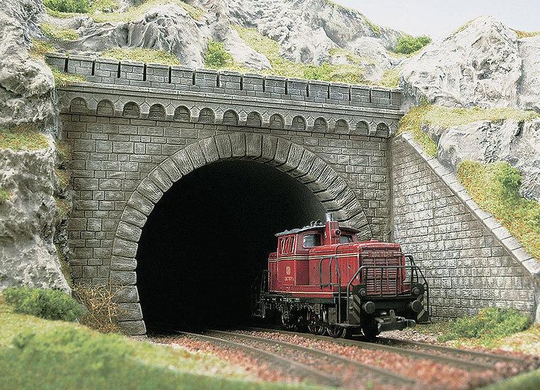 Busch 7023, Portal de túnel doble vía HO, con bastidores laterales