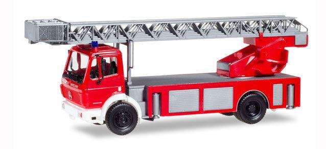 Herpa 94108, Mercedes-Benz SK 88 escalera giratoria, bomberos.