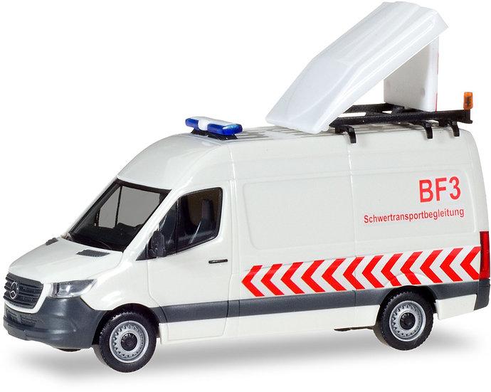 Herpa 93880, Mercedes-Benz Sprinter  BF3, acompañamiento de transporte