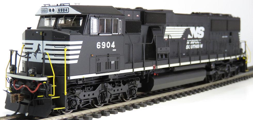 ATHEARN GENESIS ATHG65205, Locomotora SD60E NS #6904