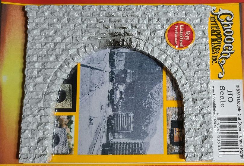 Chooch Enterprises, Portal de túnel doble vía (HO)
