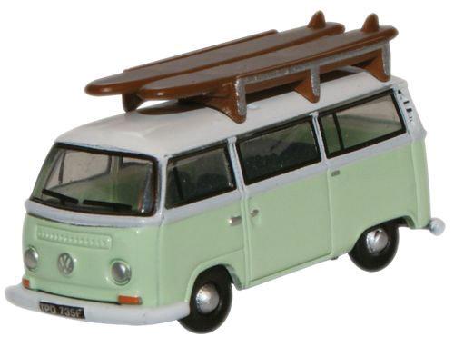Oxford 007, Minibus VW verde blanco