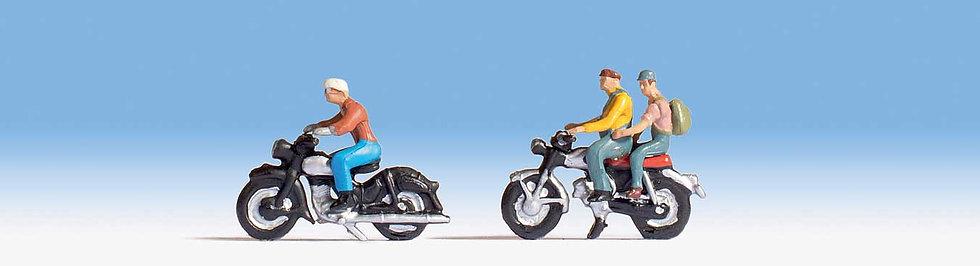 Scene Master 6061, Motociclistas