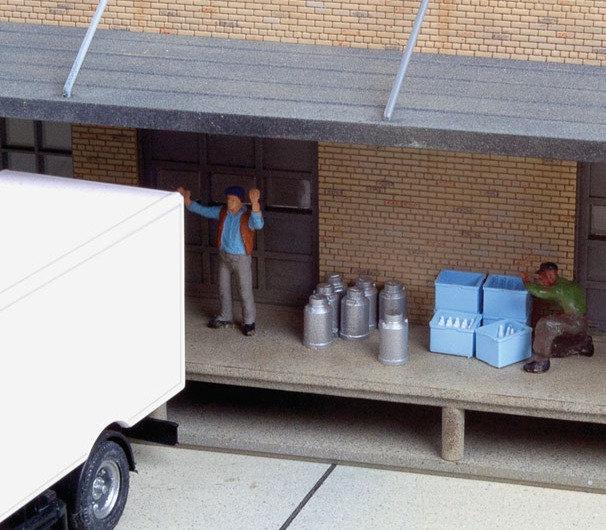 Scene Master 4136, Pack de lecheros, botellas y cajas (HO)