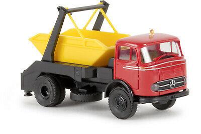 BREKINA 48029, Mercedes-Benz LP328 camión carga retiro de escombros