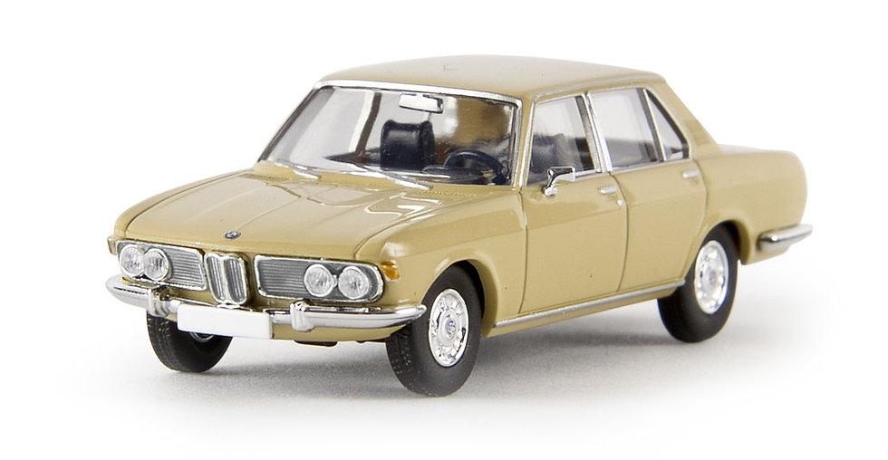 BREKINA 13601 BMW 2500