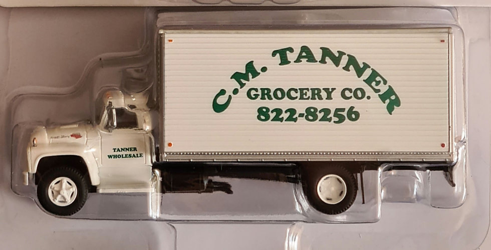 Athearn ATH96588,  Ford F-850 Box Van   CM Tanner