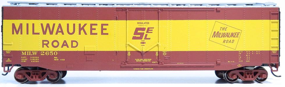 Athearn RND79107, 50' Plug Door Smooth Side Box, MILW #2650