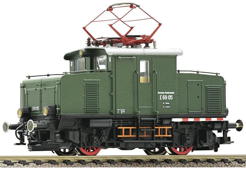 Fleischmann 430004. Locomotora eléctrica E 69 05, DB