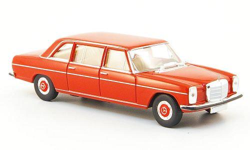 Brekina 13402, Mercedes 220 D (V115), rojo