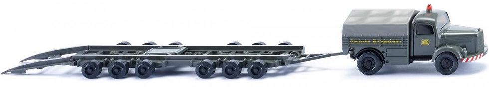 "Wiking 059003, MB L 3500 ""DB"" + trailer Culemeyer para transporte de trenes"
