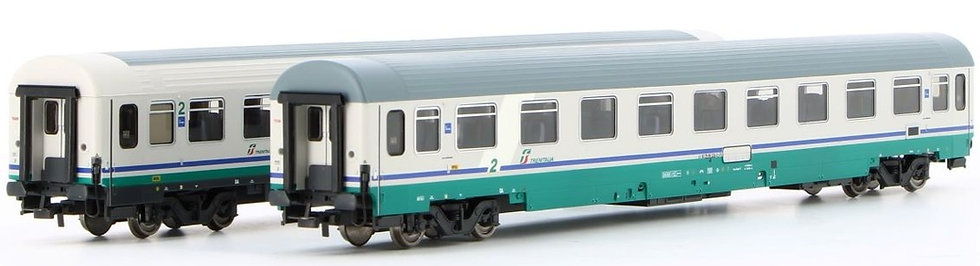 Rivarossi HR4286, Set de 2 coches UIC-Z XMPR,  época VI