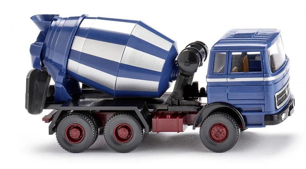 Wiking  068206, camión mixer de concreto Mercedes-Benz (1963-1967)