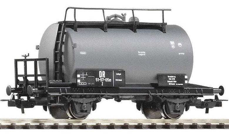 Piko 57715, Vagón cisterna, DR