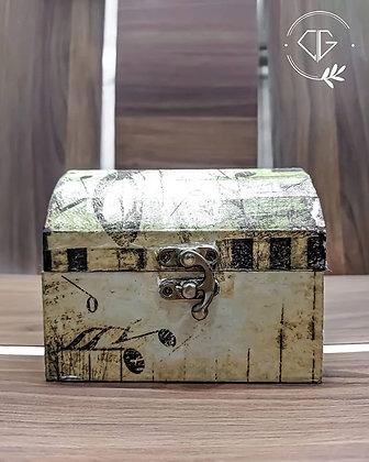 Decoupage DIY Jewelry Box -3