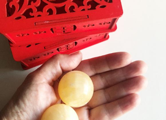 Natural Yellow Jade Stone Baoding Health Balls