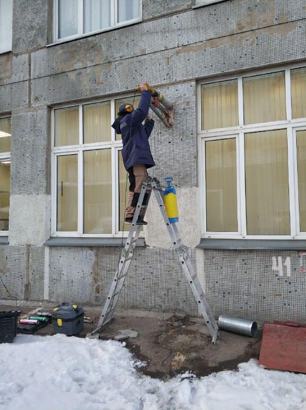 Монтаж бризера Тион О2 с улицы