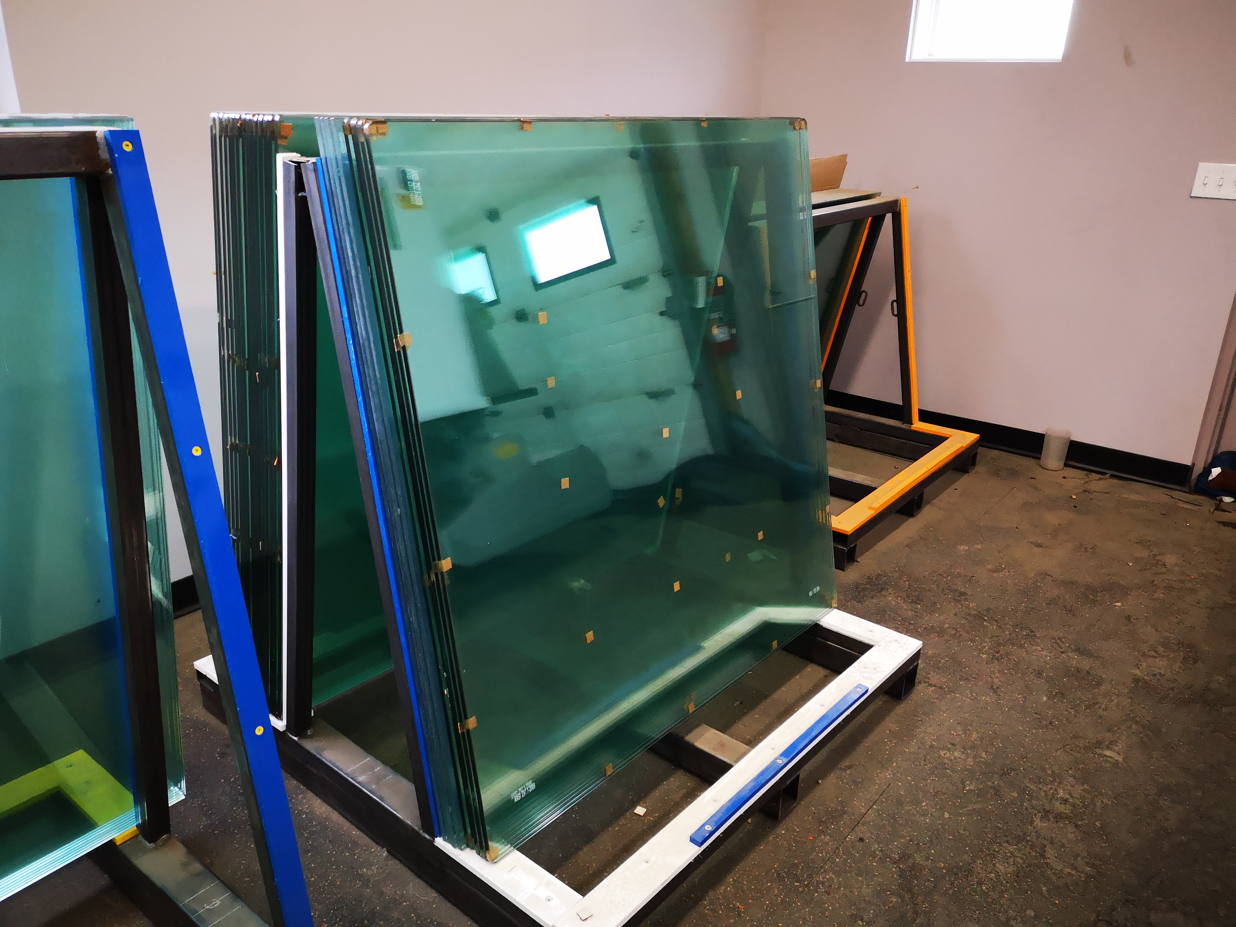 Tempered/Plexiglass/Lexan