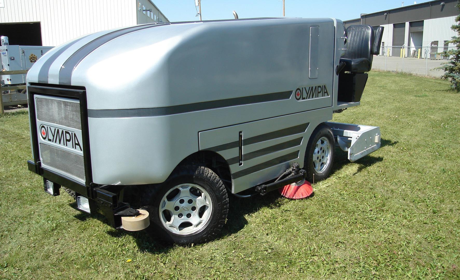 '06 Front D Side.JPG