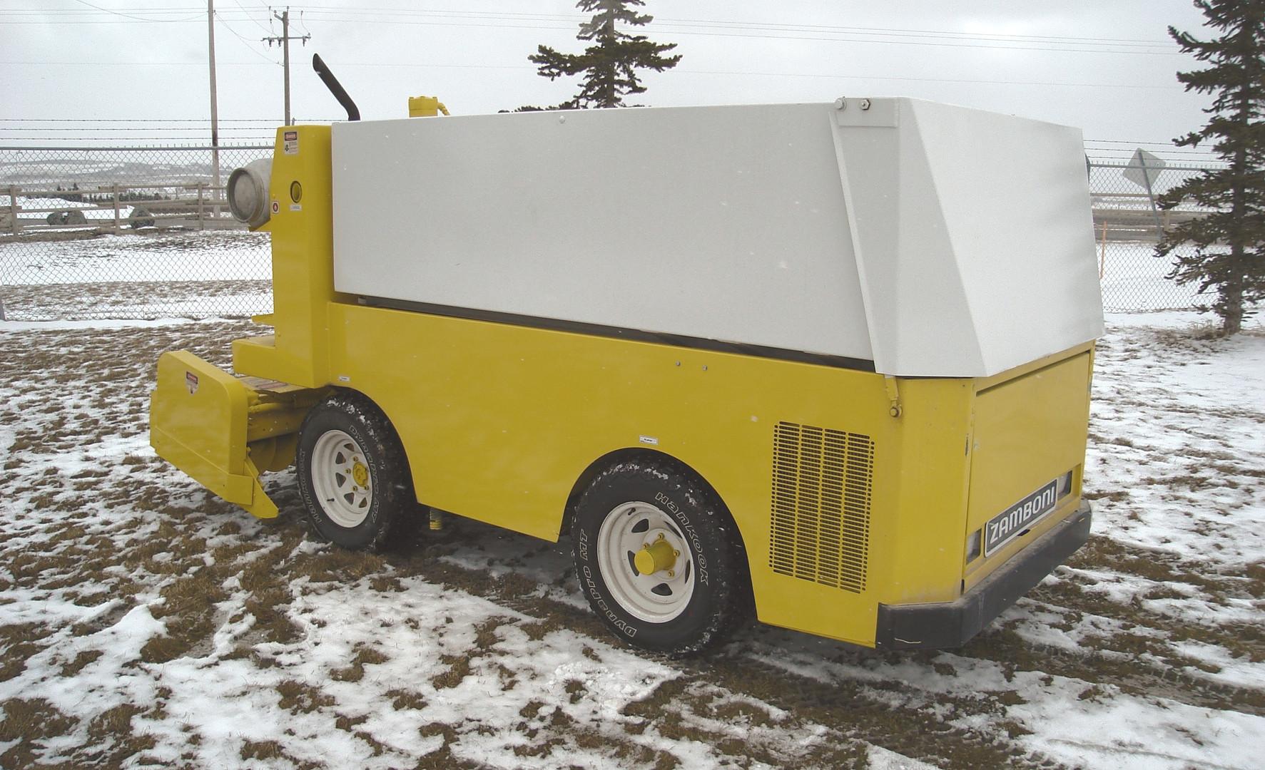 2005 Zamboni 440