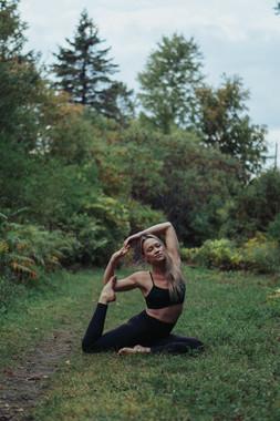 Steph's Yoga Shoot-76.jpg