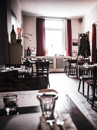 Restaurant_Marseille_Still_Salon_CMYK.jp