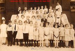 09-Aspinwall-PA-Public-School-Room-2-Sept-1914.jpg