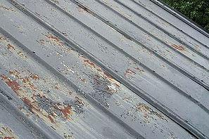 metal roof rusting
