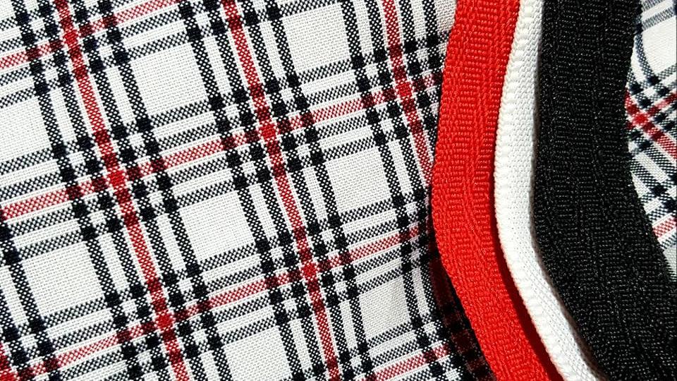 SHOW SET CHECK WHITE/BLACK/RED