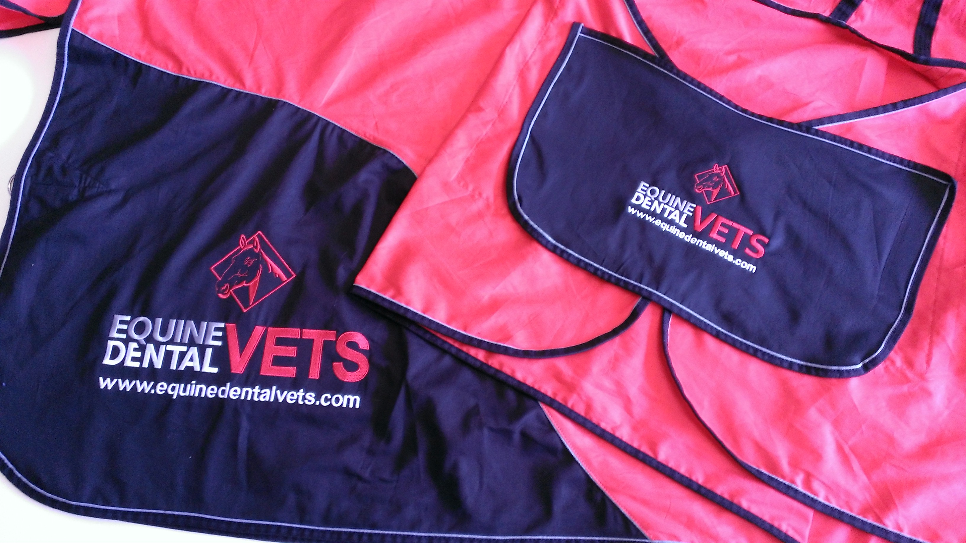 EQUINE DENTAL VET CUSTOM HORSE RUGS