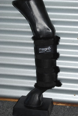 MAGN8 BOOTS
