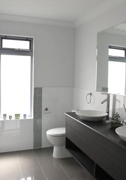 Hydra-Bathroom