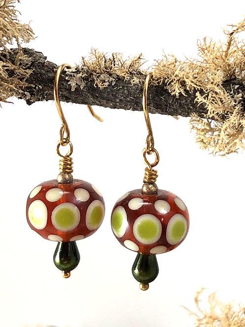 Wannabe mushroom_transparent medium topaz earrings_gold