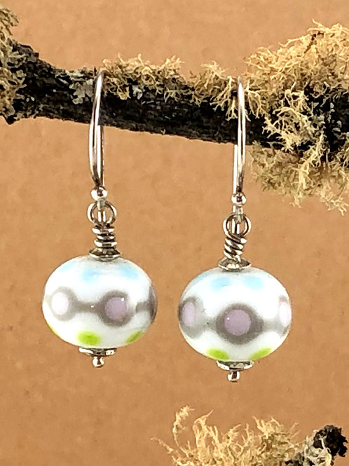 Scandinavian touch on white Earrings_silver